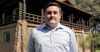 João Victor anuncia equipe completa de secretários em Águas