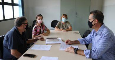 Ações de combate à dengue são apresentadas em reunião de trabalho
